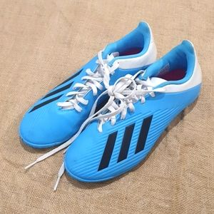 Size 7 Adidas blue football boots